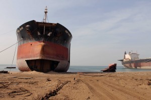 Beached-ship-71-300x200